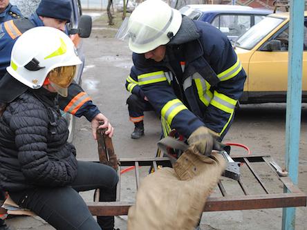 Николаевские спасатели выручали ребенка (фото)
